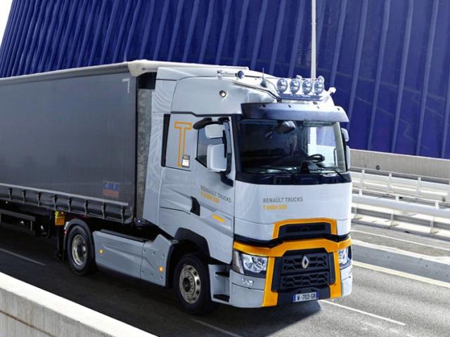 Актуальные инновации от бренда Renault Traks.